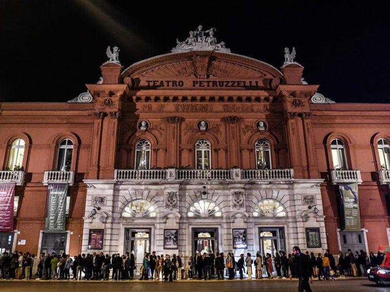 teatro petruzzelli vinicio capossela
